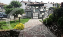 Ville, villette e bifamigliari in vendita a Castelcovati